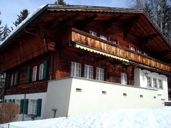 Gstaad International School.jpg